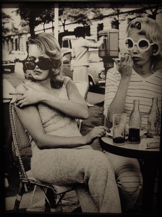 Photographie-de-mode-pour-le-magazine-depêche-mode---Alice-Spring-1971