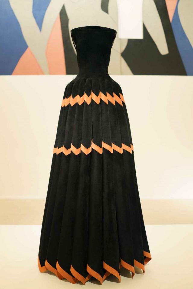 Alaïa-robe-musée-d'art-moderne