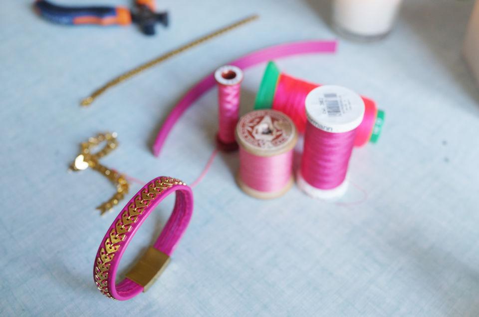 Bracelet cuir rose et or
