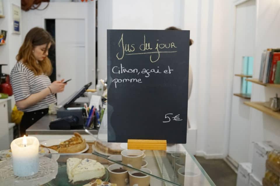 Désirée, un café/fleuriste à Paris