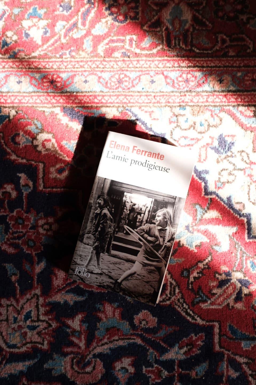quelques idées de lectures L'amie prodigieuse - Eléna Ferrante