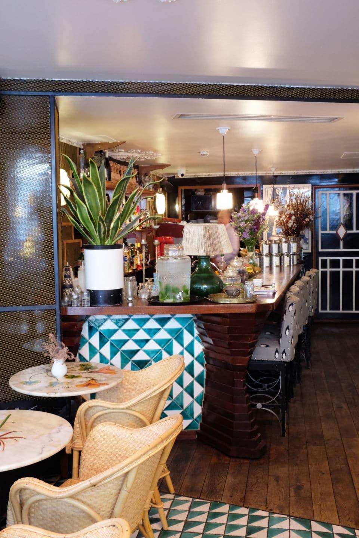 Le café de l'hôtel du temps à Paris